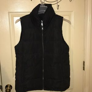 Old navy puffer vest /NWT